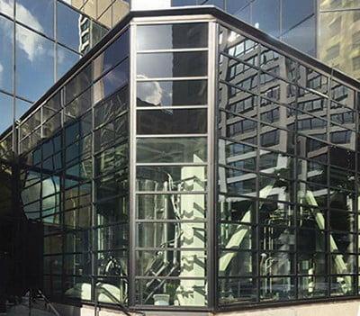 Center Glazing Storefront 450