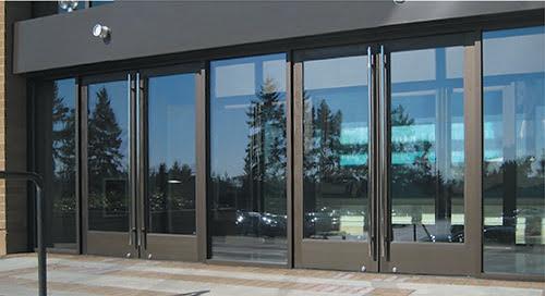 Center Glazing Storefront System 250